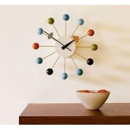 Horloge Nelson ballclock multi-couleur en solde