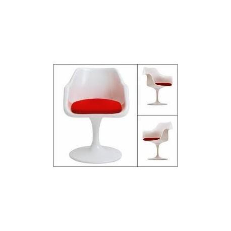 Chaise design Tulip avec accoudoirs en fibre de verre