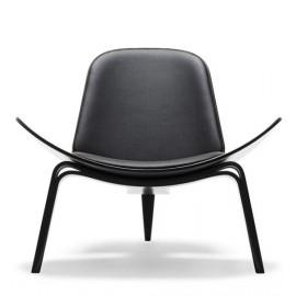 Fauteuil design Wegner CH07