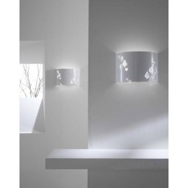Miss Brilla wall lamp
