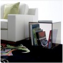 Magazine rack Side table in Cube