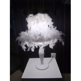 Lampe de table design plume