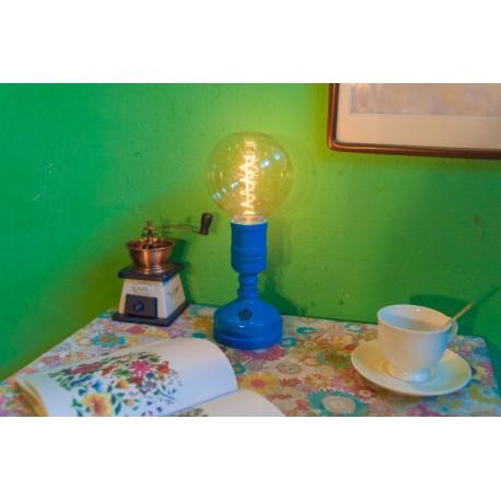 Lampe de table design industriel en tube métallique robot avec ampoule edison 07